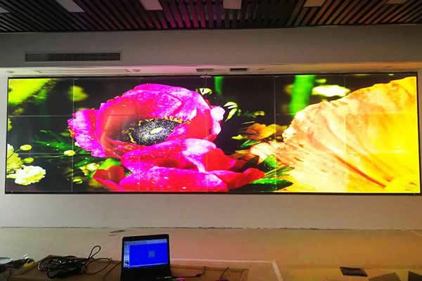 佳帝科技:无缝拼接屏与led显示平有什么特点?